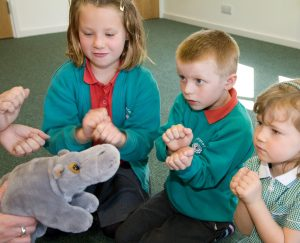 Makaton School - Learning to sign HIPPO